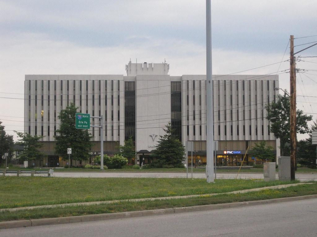 Cedar Brainard Medical Building Lyndhurst Ohio This Is