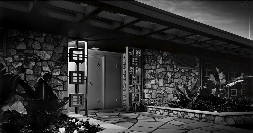 1954 ball arnaz house palm springs ca architect for The lucy house palm springs