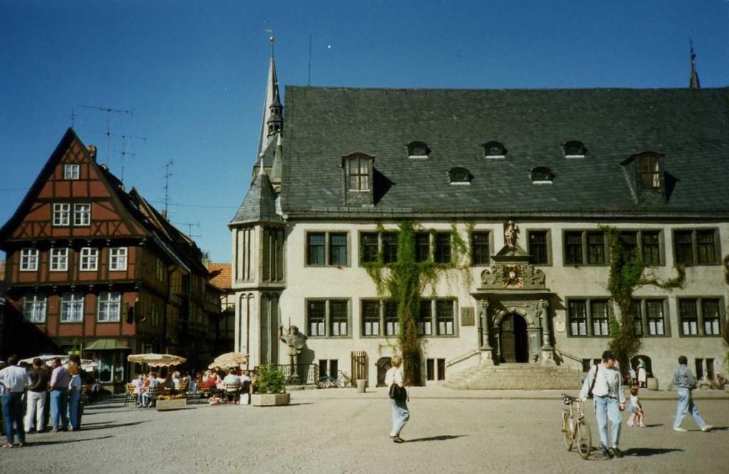 Quedlinburg Markt, with Roland, DDR May 1990 | Sludge G ...
