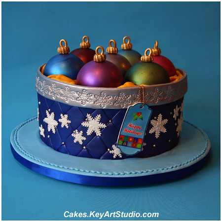 Box with Christmas Ornaments Cake | 30 servings of Dark ...