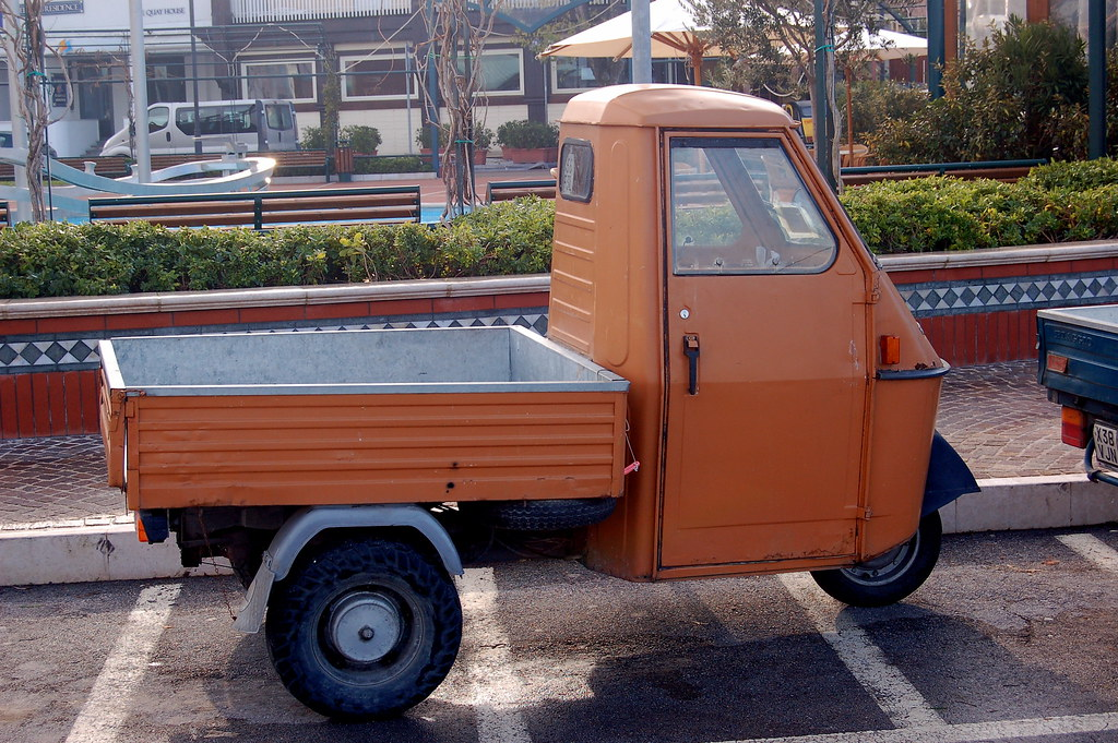 piaggio ape 50 with big wheels gianluca prioli flickr. Black Bedroom Furniture Sets. Home Design Ideas