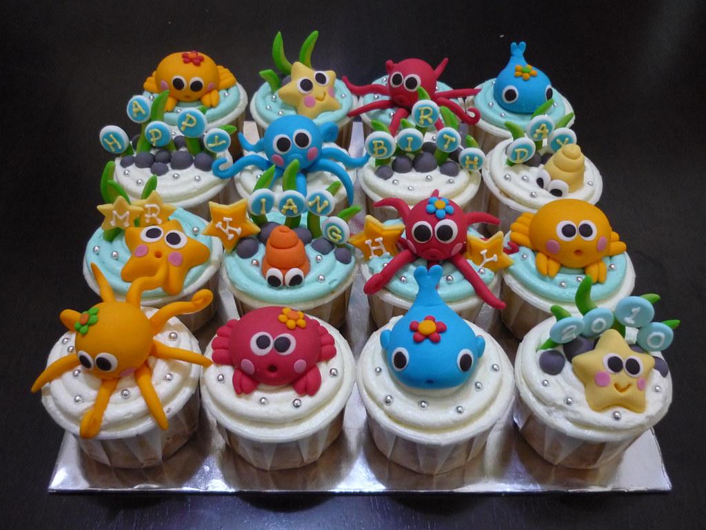 Crab Cupcake Cake