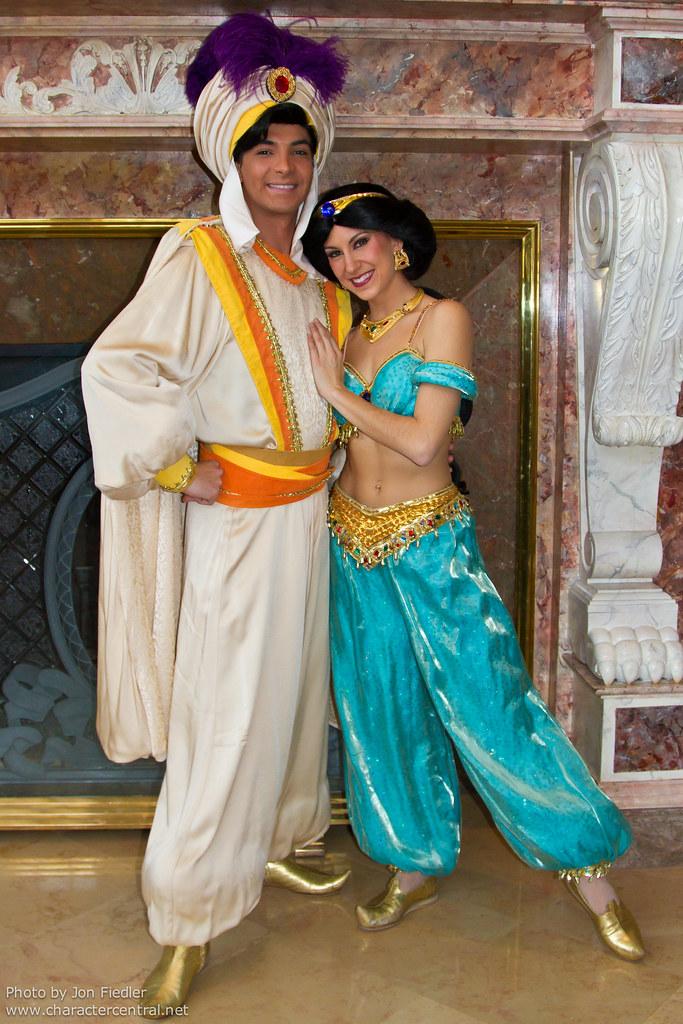 Dlp Dec 2010 Prince Ali And Princess Jasmine Visit The D