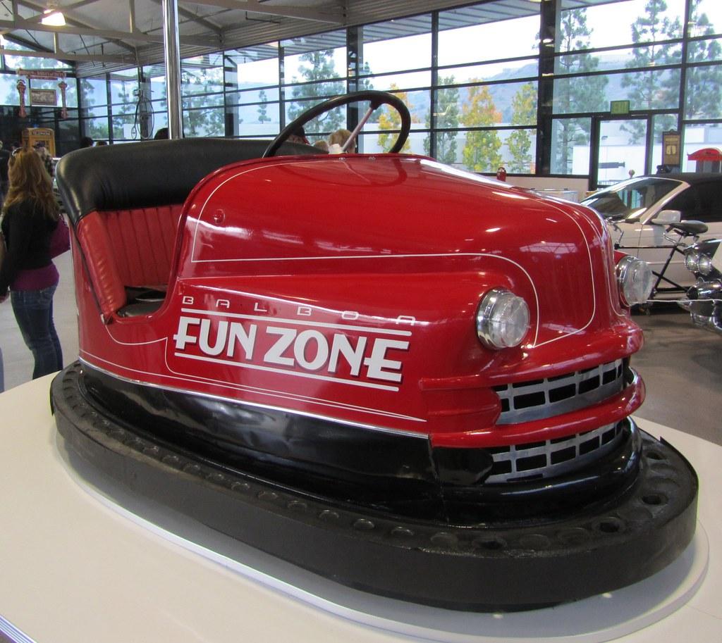 Bumper Car Garage : Bumper car dodgem john force garage mr flickr