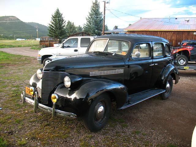 What kind answer chevrolet 4 door sedan 1939 high for 1939 chevy 4 door sedan
