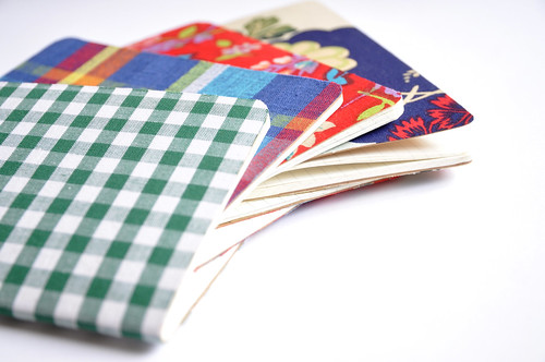 DIY Gift Idea #5 :: Fabric covered notebook | by // Between the Lines //