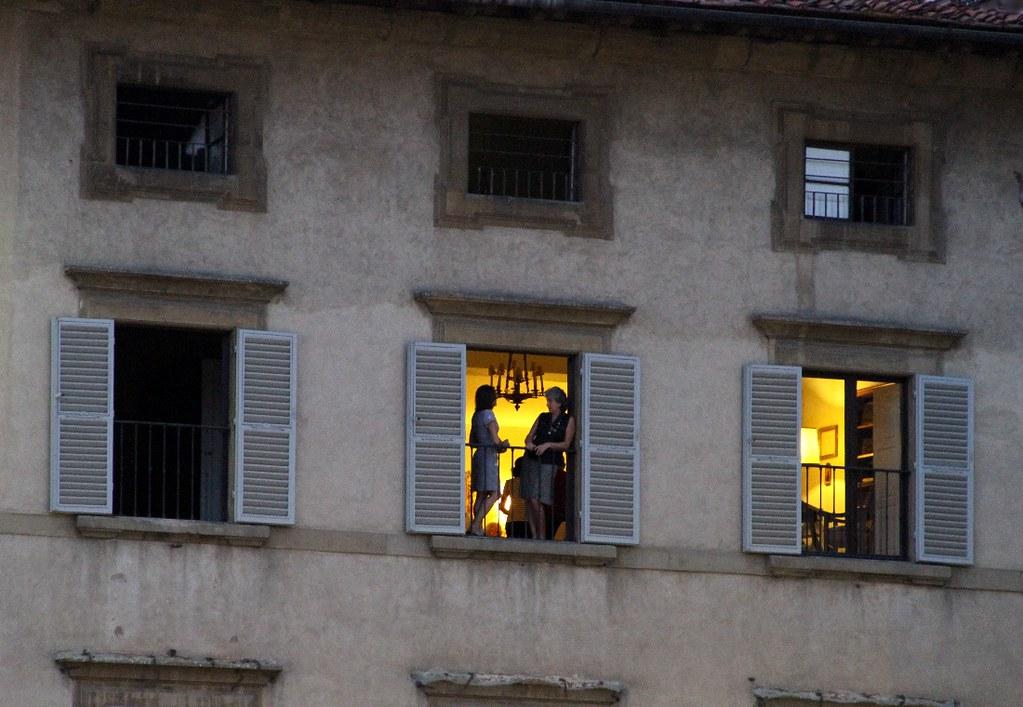 La finestra di fronte firenze piazza s croce canon 7d - Frasi la finestra di fronte ...