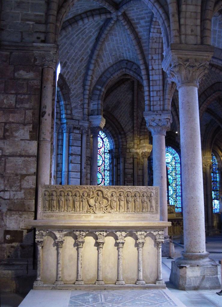 upper level in the choir of saint denis basilica the cathe flickr. Black Bedroom Furniture Sets. Home Design Ideas