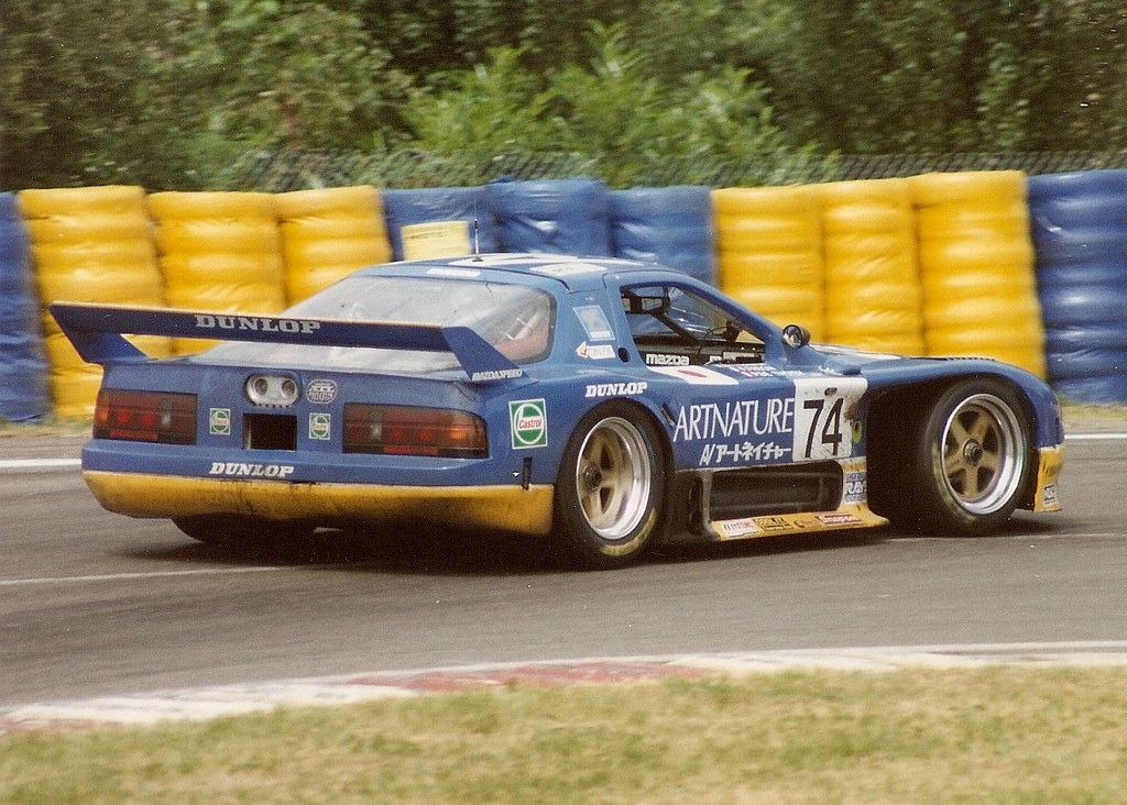 mazda rx 7 le mans 1994 exiting arnage on it 39 s way to. Black Bedroom Furniture Sets. Home Design Ideas