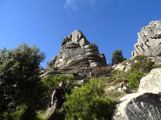 Arrivée au col entre les deux sommets du Capellu