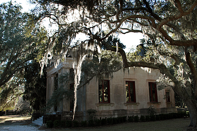 Wormsloe-Library | Located on the Isle of Hope, about 20 ...
