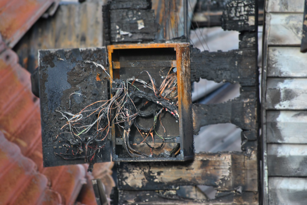 fuse box yumanuma flickr rh flickr com uno fire fuse box fire caused by fuse box