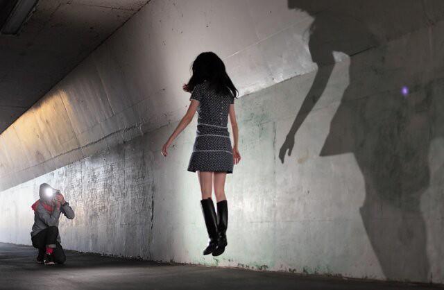 Natsumi Hayashi blogueuse lévitation 4 | copyright Natsumi ...