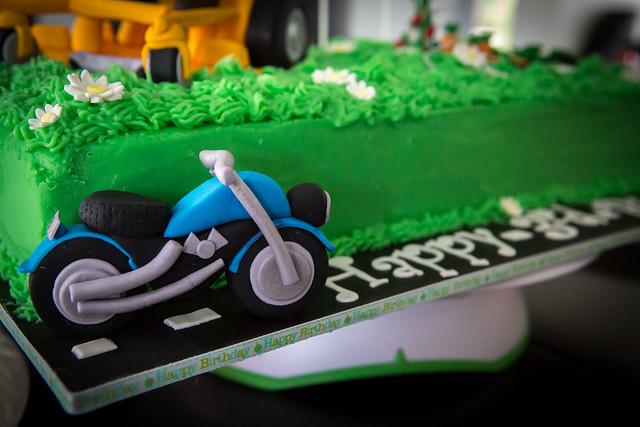Motorbike Birthday Cakes To Orfer