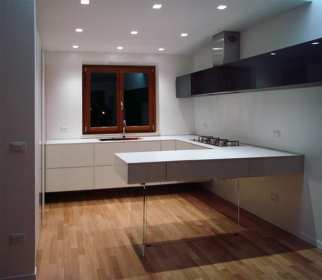 La cucina di gilda dimensione legno flickr - Dimensione pensili cucina ...