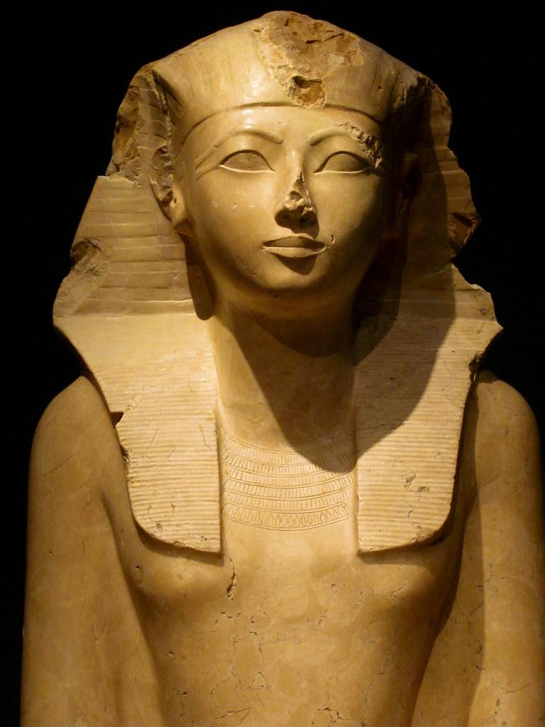 hatchepsut the female pharaoh essay