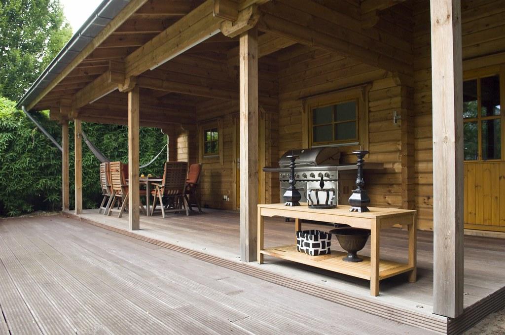 de luxe houten tuinhuizen van rpm zijn voorzien van een sa flickr. Black Bedroom Furniture Sets. Home Design Ideas