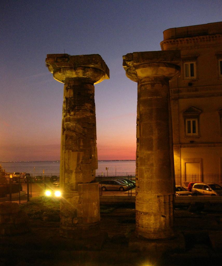 Conosciuto Colonne doriche a Taranto | Da Wikipedia, l'enciclopedia lib… | Flickr XE43