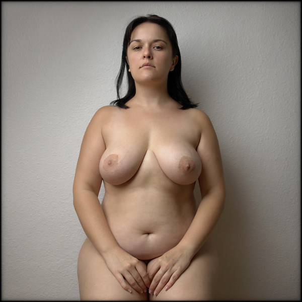 фото полной голой девушки