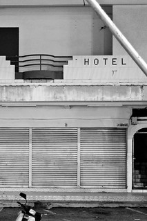 Hotel / SML.20110202.7D.07143 | by See-ming Lee 李思明 SML