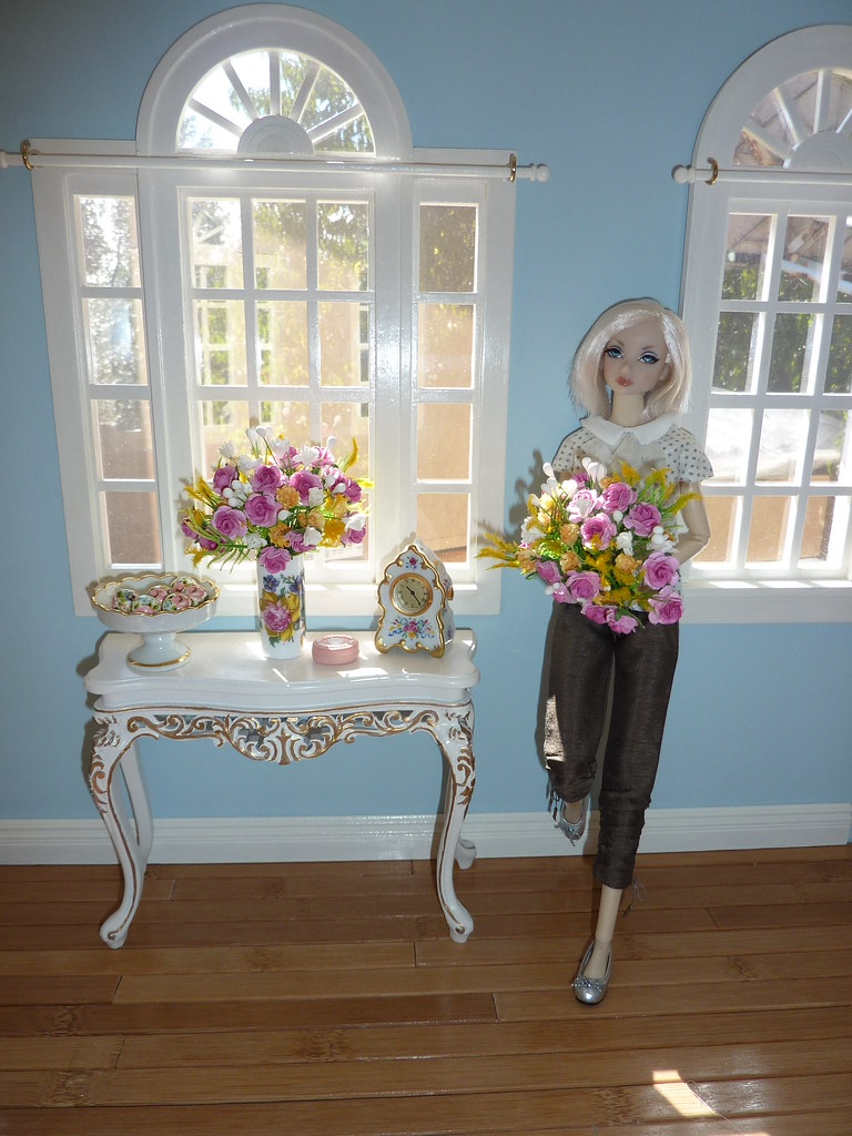 1 6 Dollhouse Room Box 1 6 Florals Made By Me Bespaq