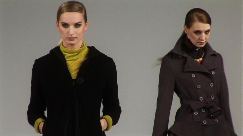 Mojo Fashion Show Backstage