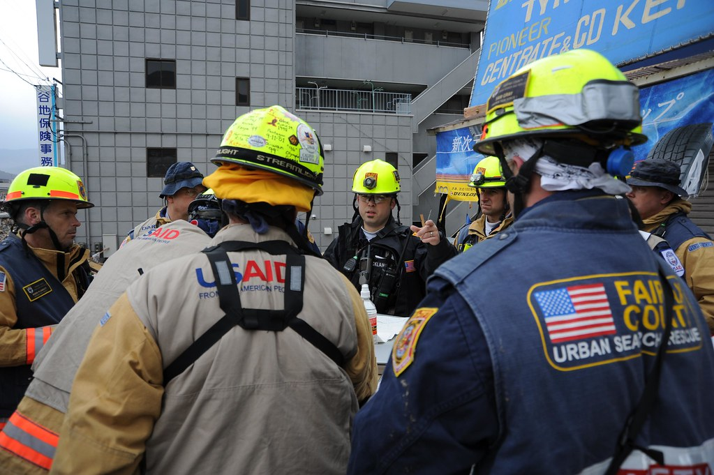 Search And Rescue Workers Arrive In Ofunato Image 7 Of 23