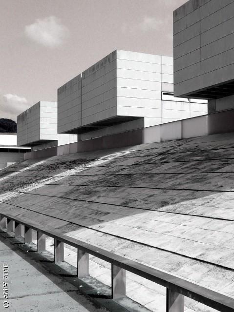 101007 09bn girona facultat de dret rcr arquitectes for Arquitectes girona