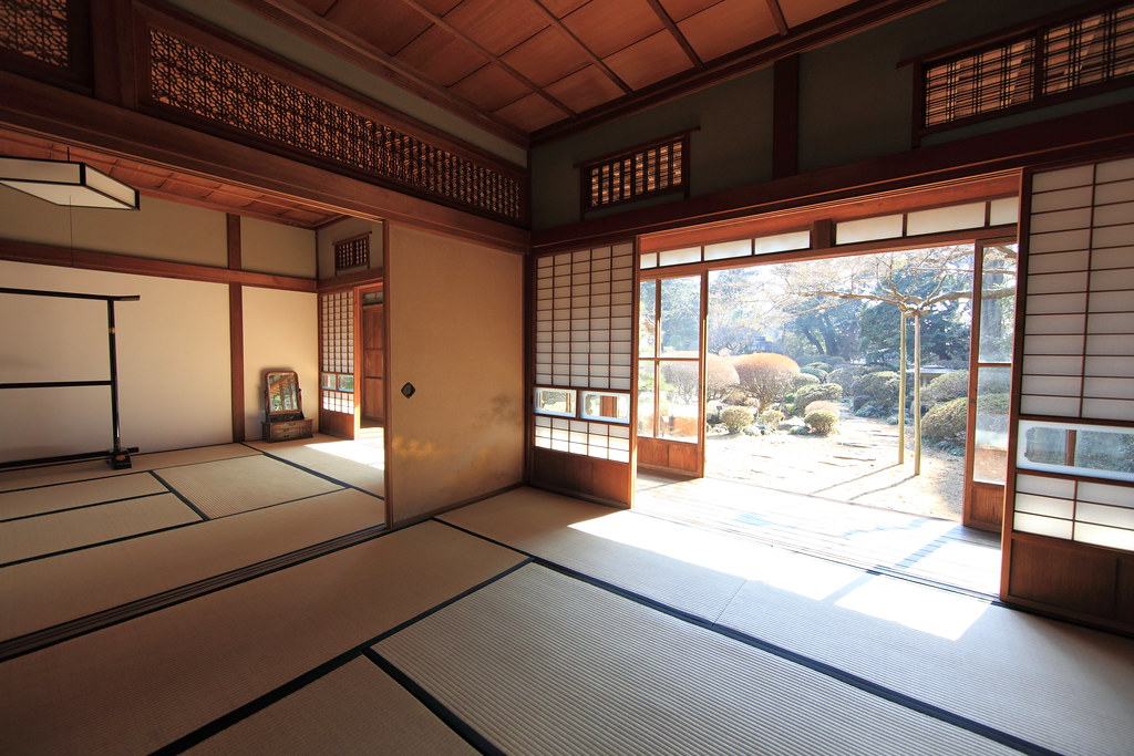 Japanese traditional style house interior design for Classic japanese house design