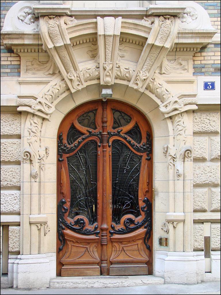 Porte D Entr 233 E D Un Immeuble Art Nouveau De Jules Lavirott