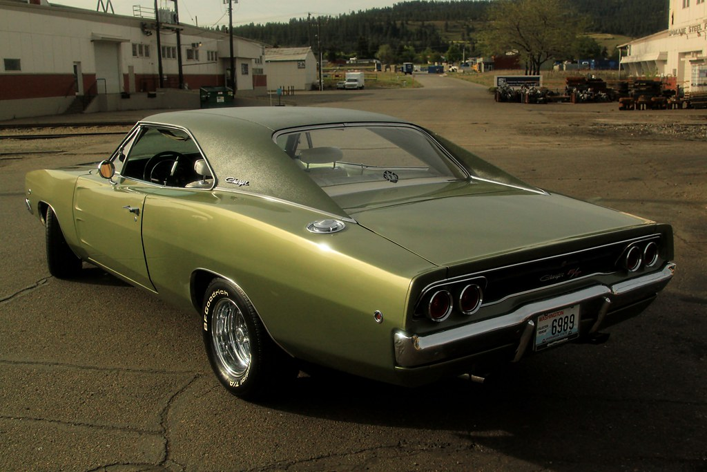 1968 dodge charger r t green gold perfect sun. Black Bedroom Furniture Sets. Home Design Ideas
