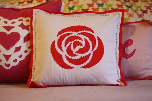 rose pillow | by artsy-crafty babe