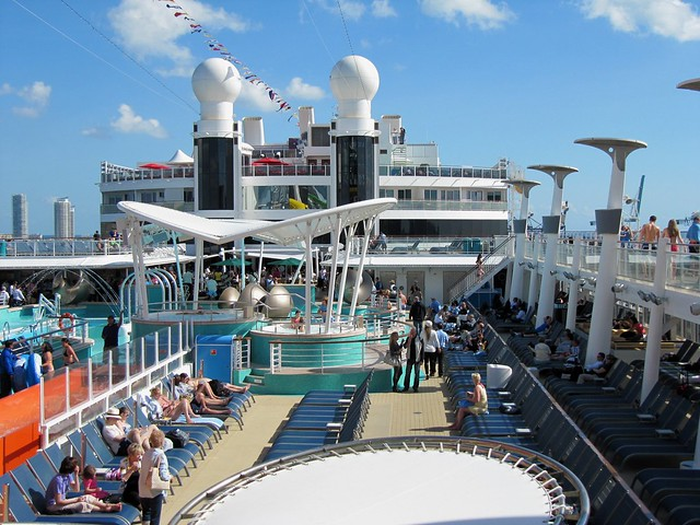 Norwegian epic pool deck flickr photo sharing for Epic pool show