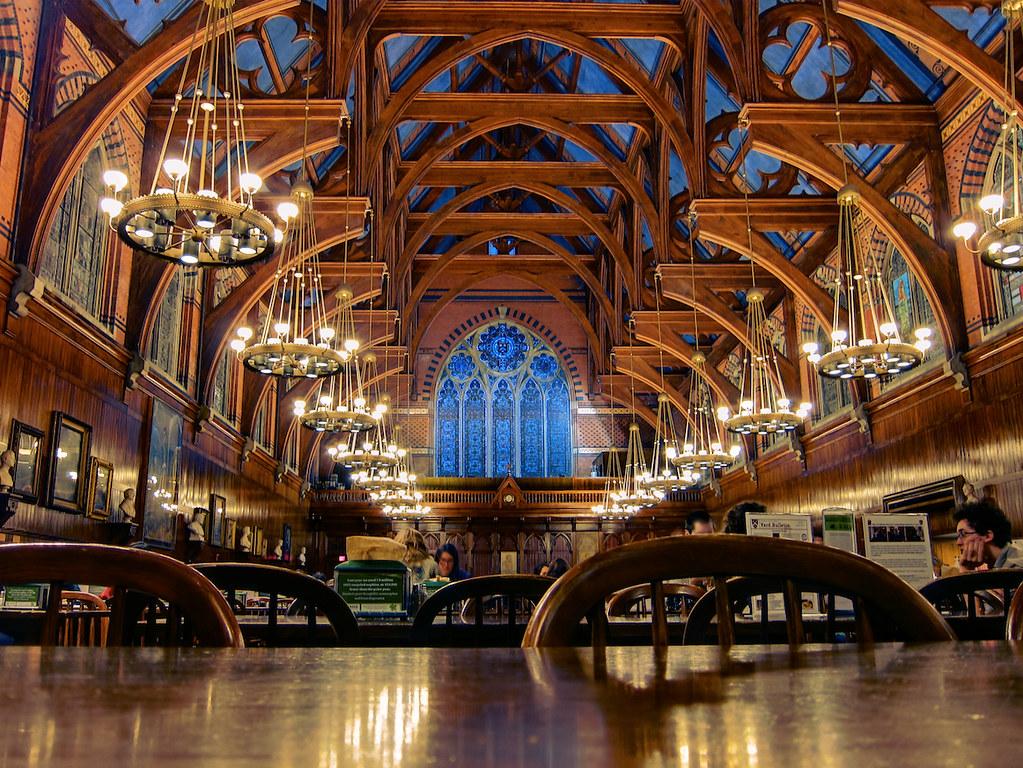 Harvard Dining Hall | A dining hall at Harvard University, i ...