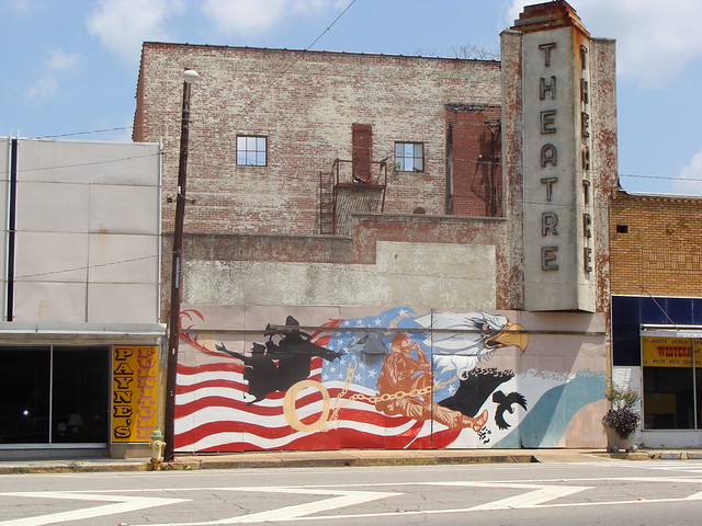 Wall mural and martin theatre roanoke al flickr for Alabama wall mural