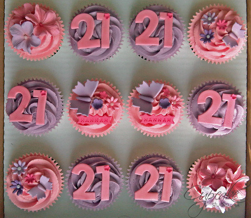 Cupcake Decorating Ideas 21st Birthday : 21st Birthday cupcakes 21st Birthday Cupcakes for Hannah ...