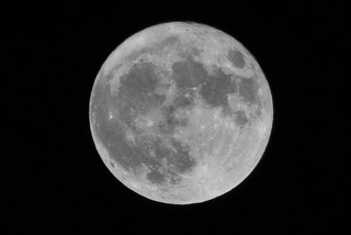 Supermoon - Sat 19 Mar 2011 -0527 | by The Queen's Hall