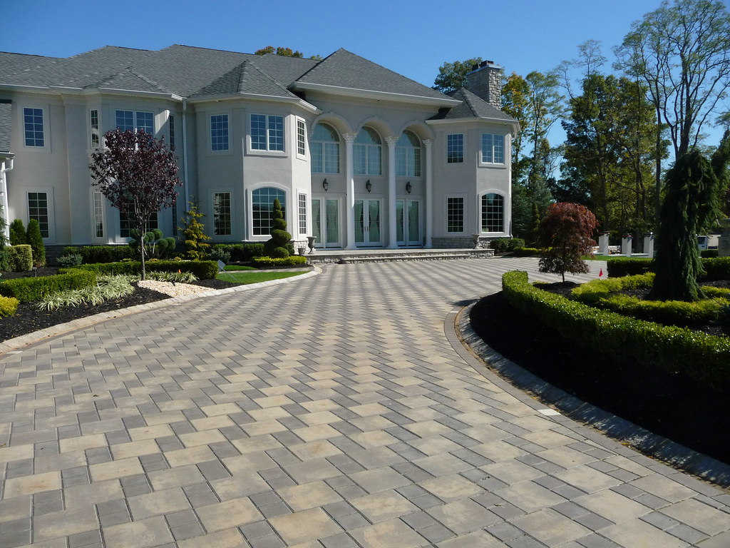 Custom front yard landscaping and driveway pavers plain for House garden driveway designs