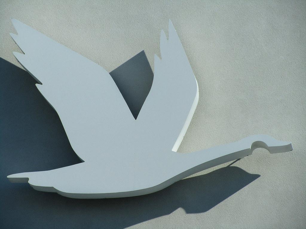 Wawa Goose suffering slow and rusty death | Toronto Star