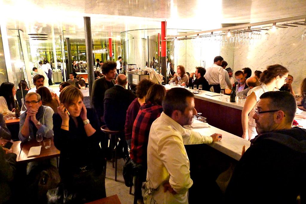 Restaurant Le Dauphin Saint Denis De L H Ef Bf Bdtel