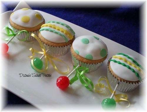 baby rattle cupcakes | 40 of these cute little rattle cupcak ...