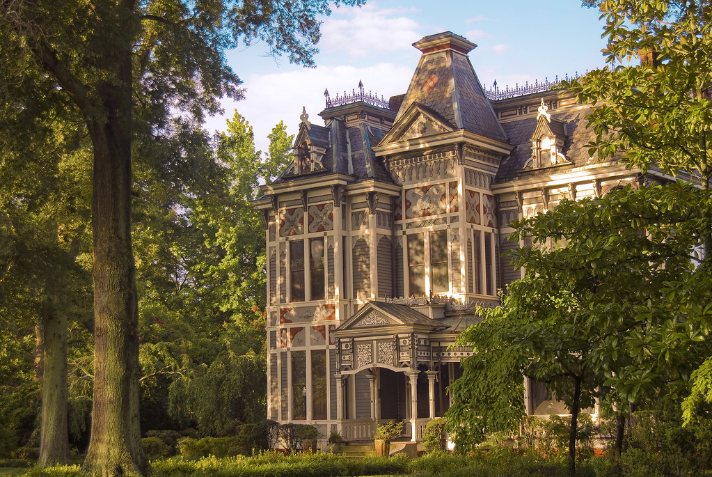 Newnan victorian this is one of the more ornate for Home builders in newnan ga