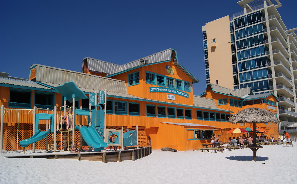 Places To Eat On The Beach In Destin Fl