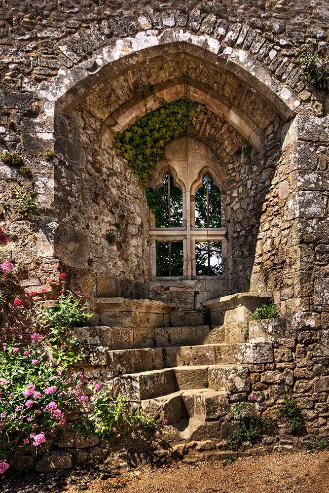 Isabella S Window Isabella Inherited The Estates Of Her