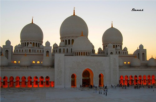 Sheikh Zayed Mosque | by .ღ♫°Qanas°♫ღ.