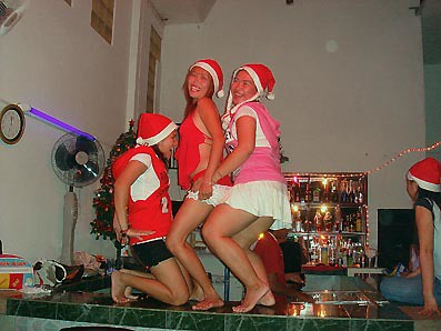 A thai bargirl will do most thing for right price - 1 part 4