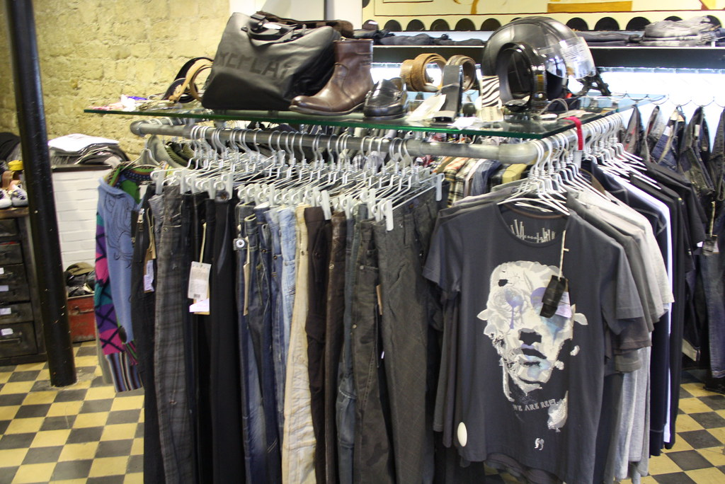 bow boutique de mode pour homme le marais paris franc flickr. Black Bedroom Furniture Sets. Home Design Ideas