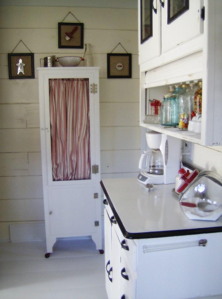 Vintage Cottage Kitchen Painted Floors Lisa Flickr