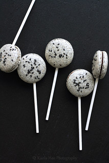 Black Sesame Macarons with Chocolate Mochi Fillings | by Xiaolu // 6 Bittersweets