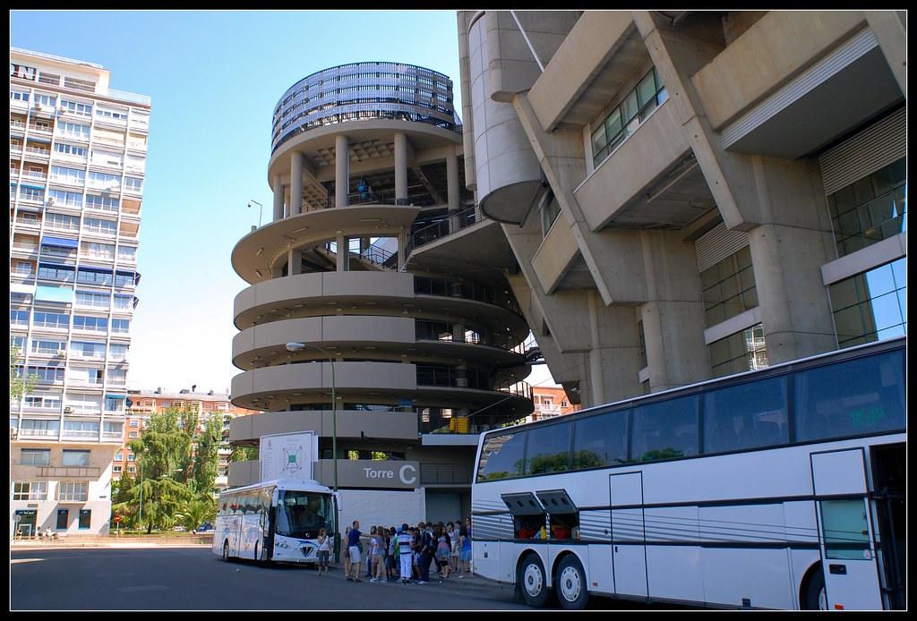 Torre c estadio santiago bernab u madrid m roa flickr for Puerta 6 santiago bernabeu